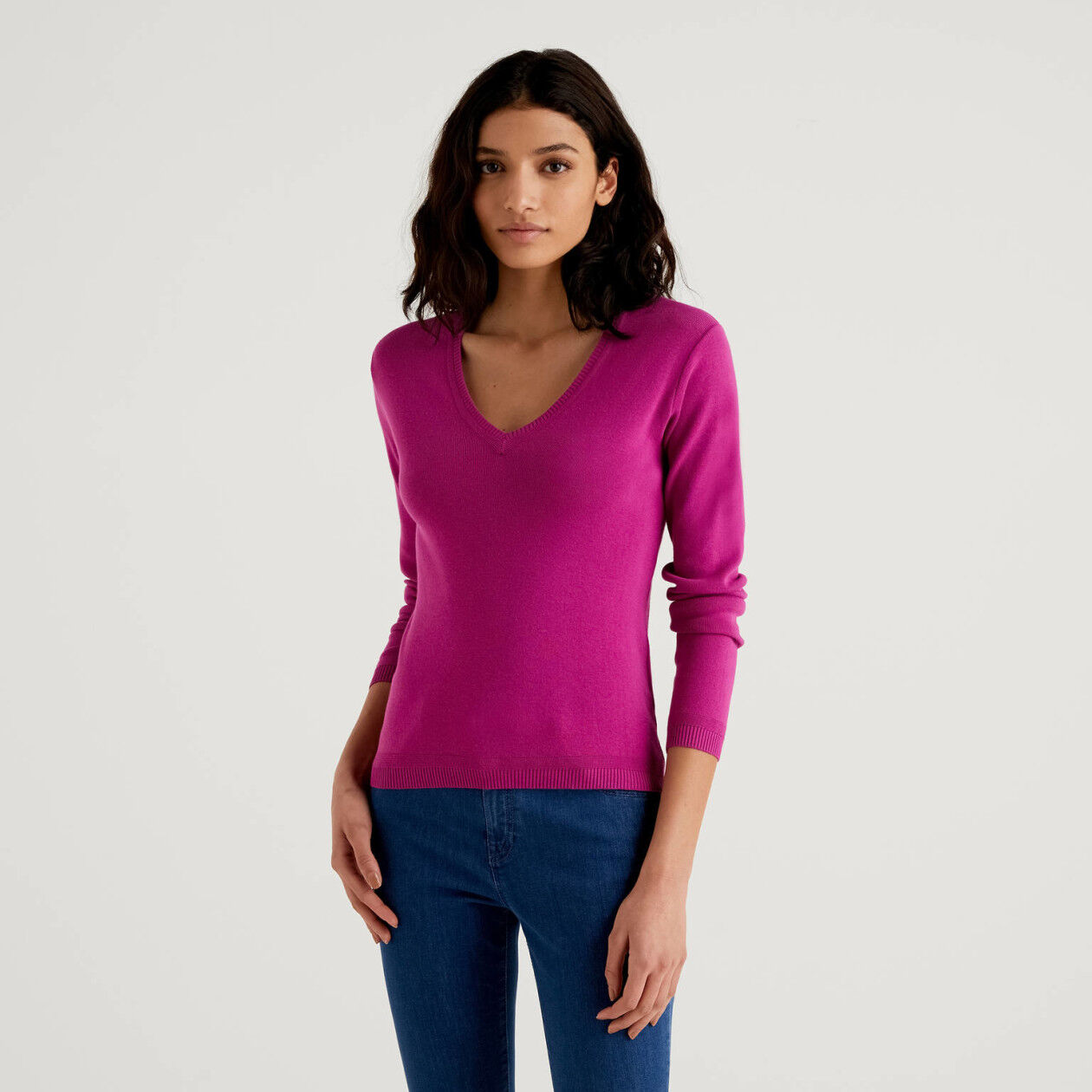 V-neck sweater in cotton