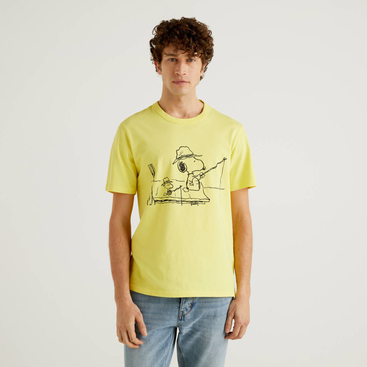 Yellow Peanuts t-shirt