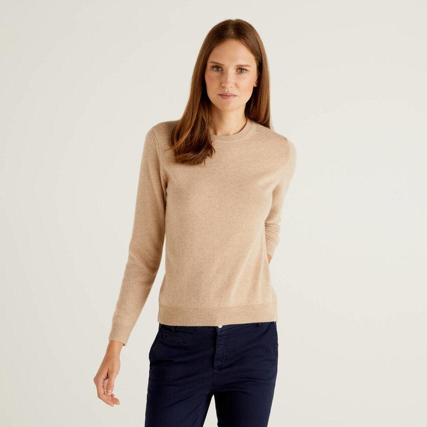 Crew neck sweater in pure cashmere