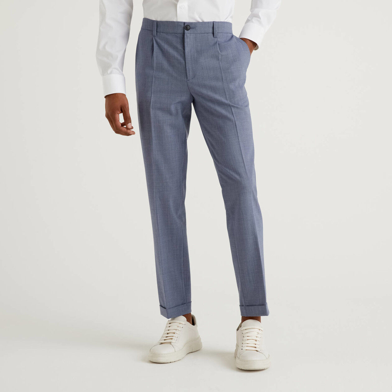 Slim fit chinos with cuffs