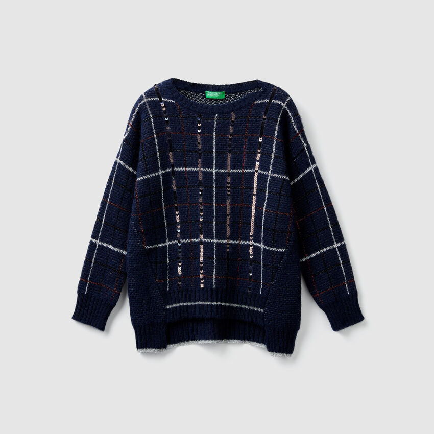 Check sweater with sequins