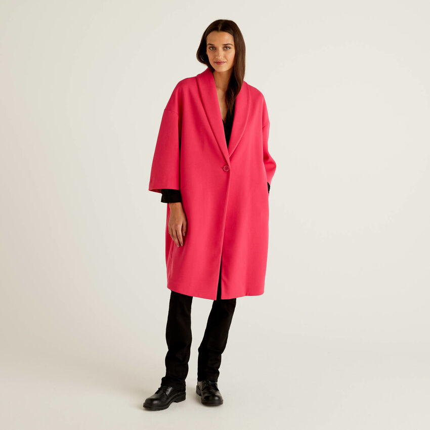Solid colored coat with shawl collar