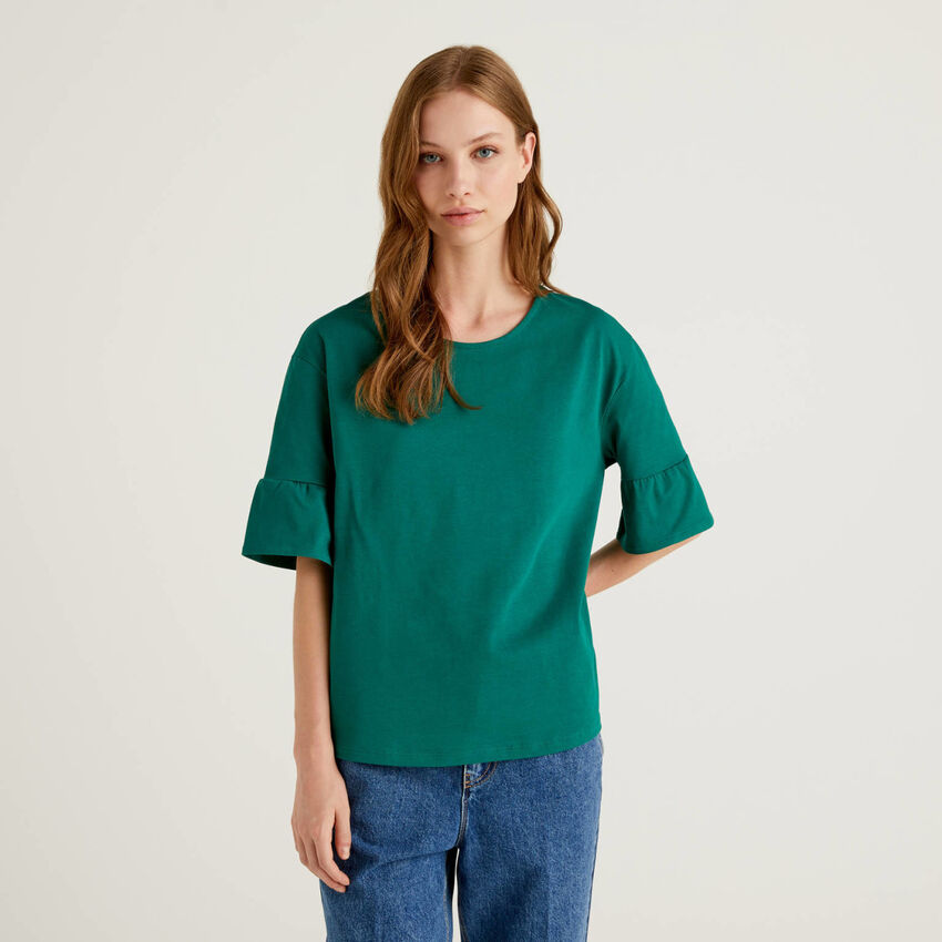 T-shirt with short frill sleeves