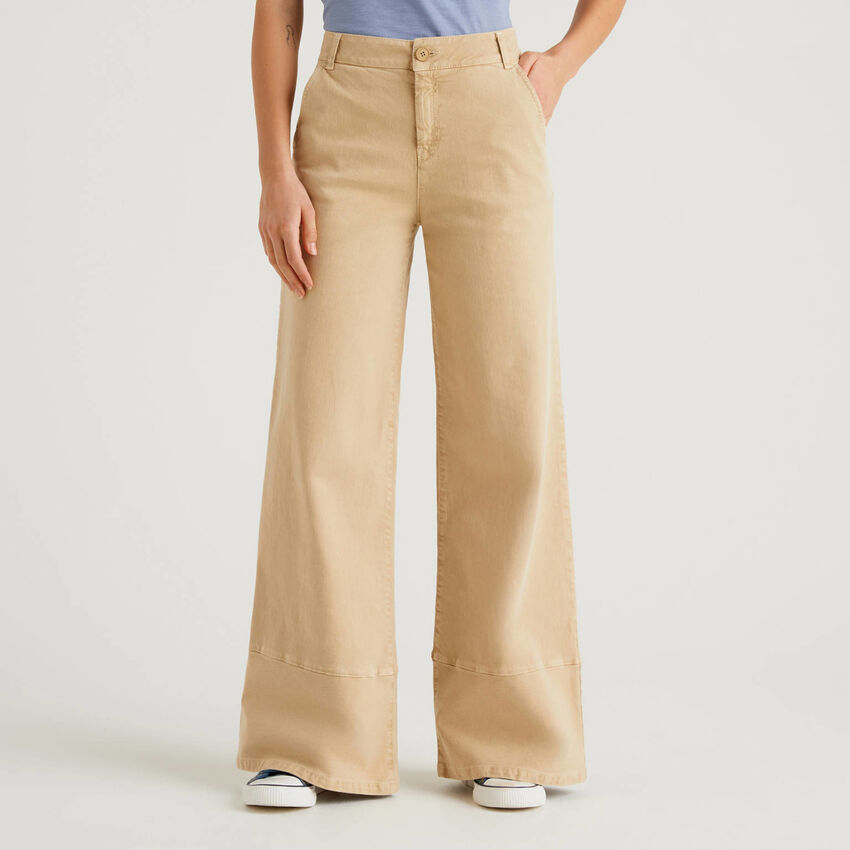 Flared trousers with natural dye
