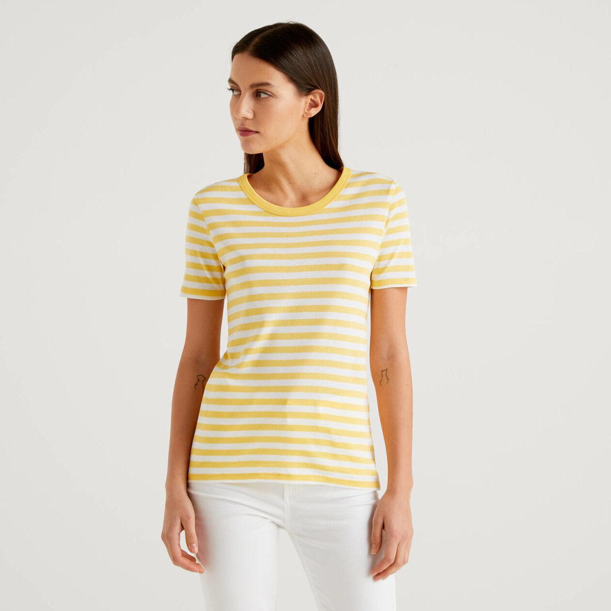 Striped short sleeve t-shirt