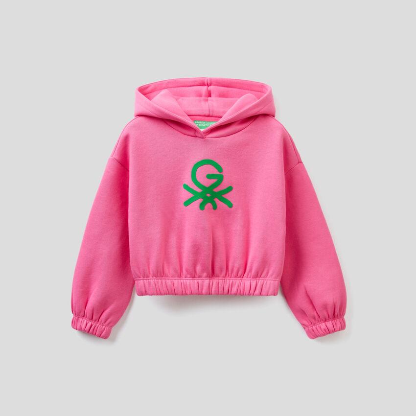 Cropped fuchsia sweatshirt with hood by Ghali