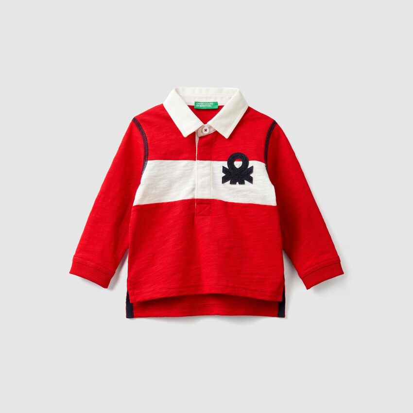 Polo with stripe and logo