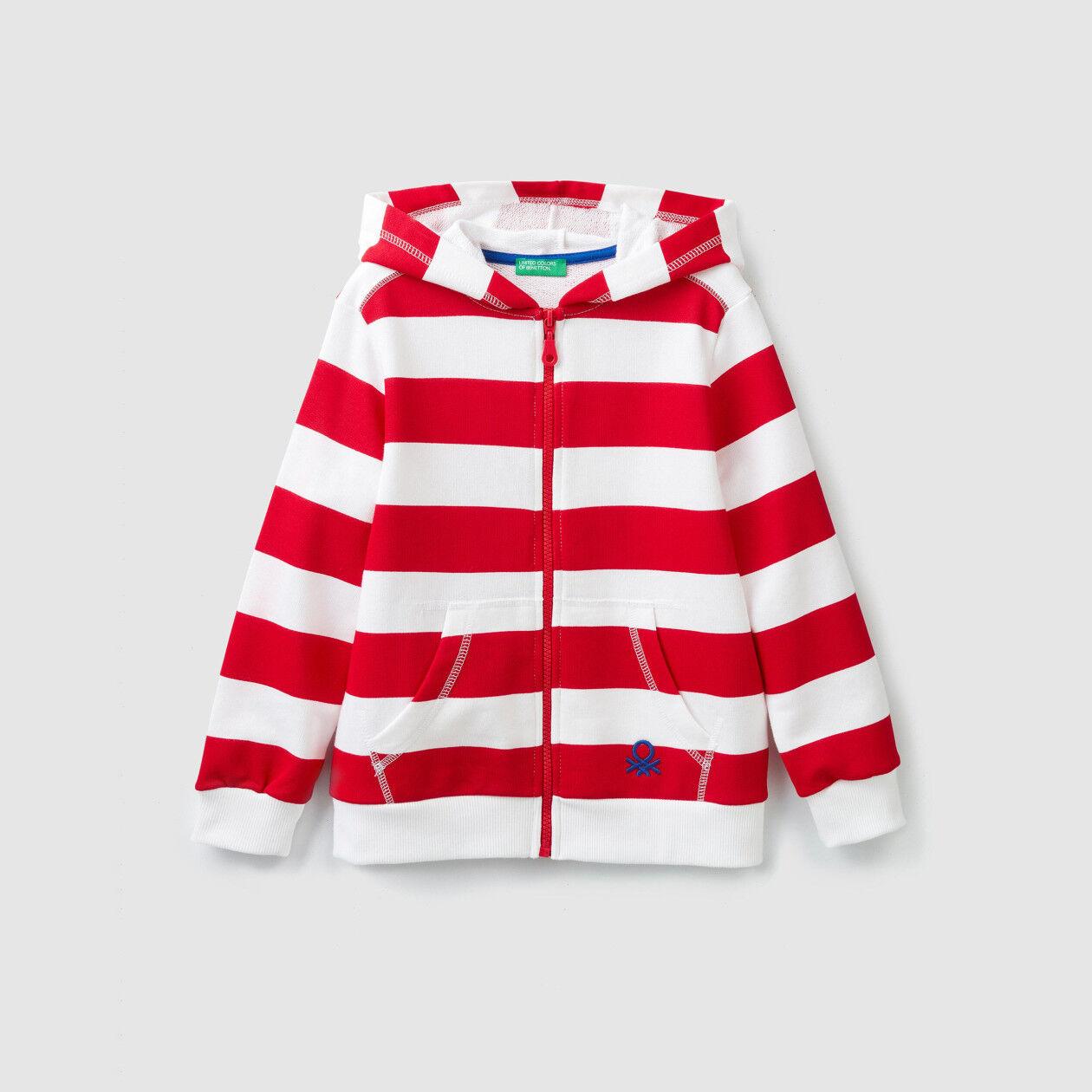 Sweatshirt with allover print