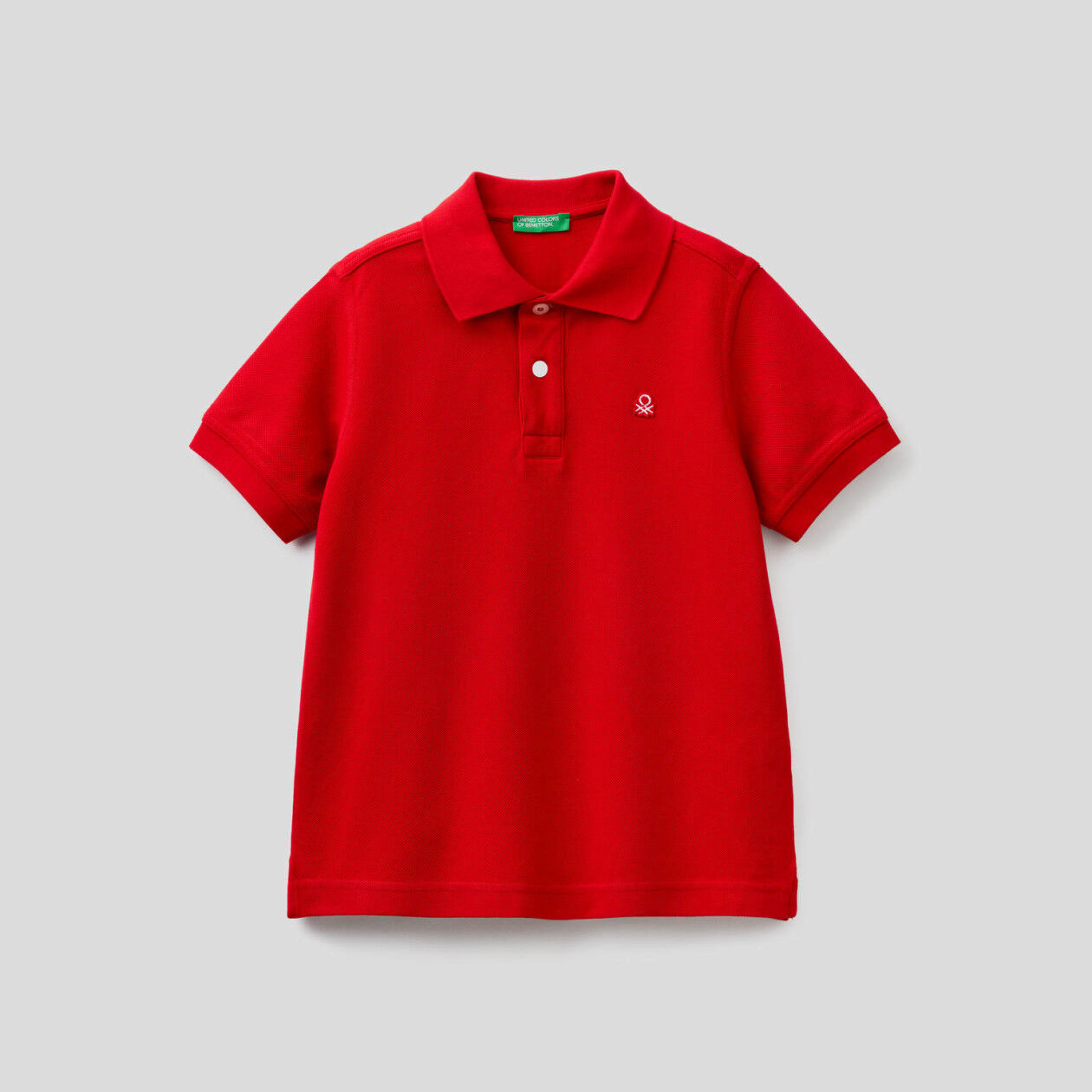 Pique polo with logo