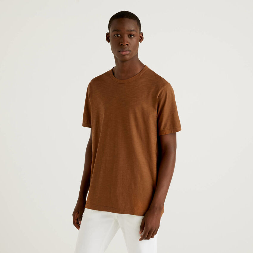 Brown 100% cotton t-shirt with print