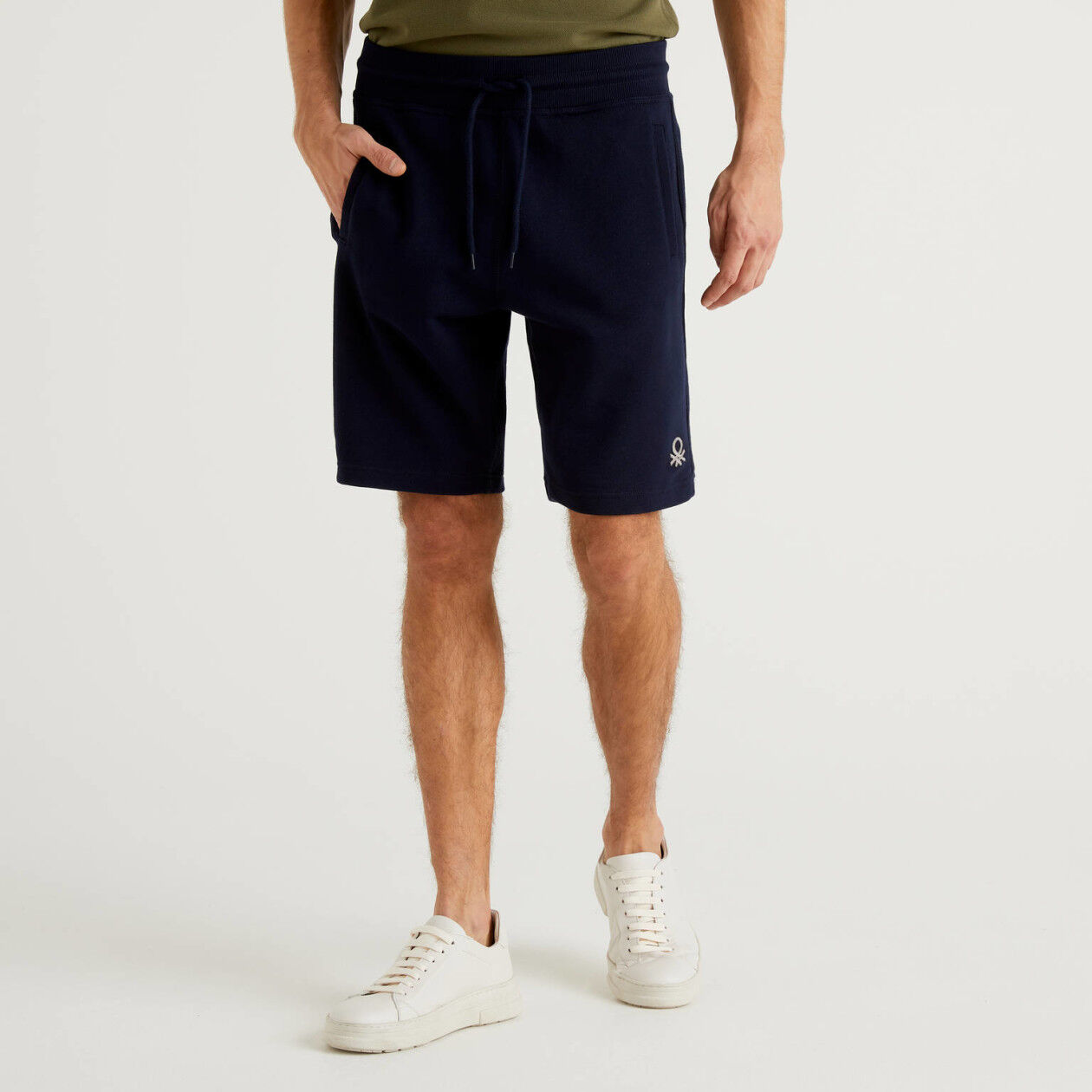 Bermudas in 100% cotton sweat