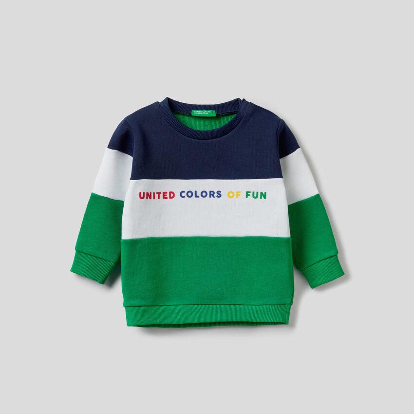 Color block sweatshirt in organic cotton