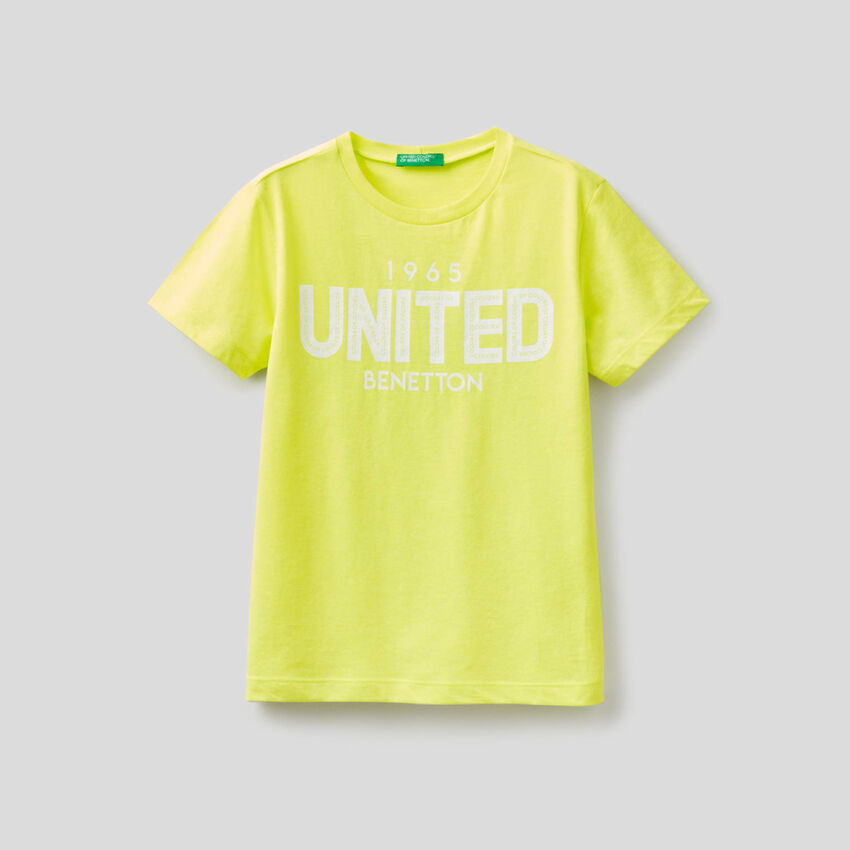 Neon t-shirt with printed logo