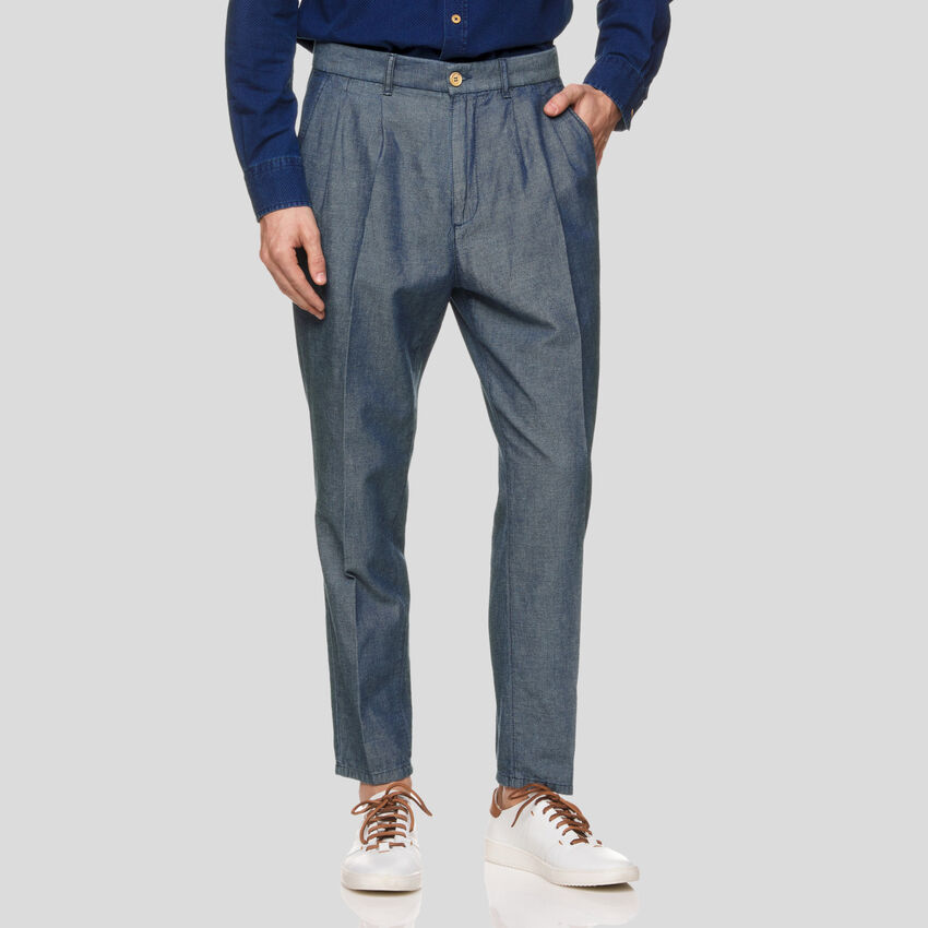 Chinos in linen blend chambray