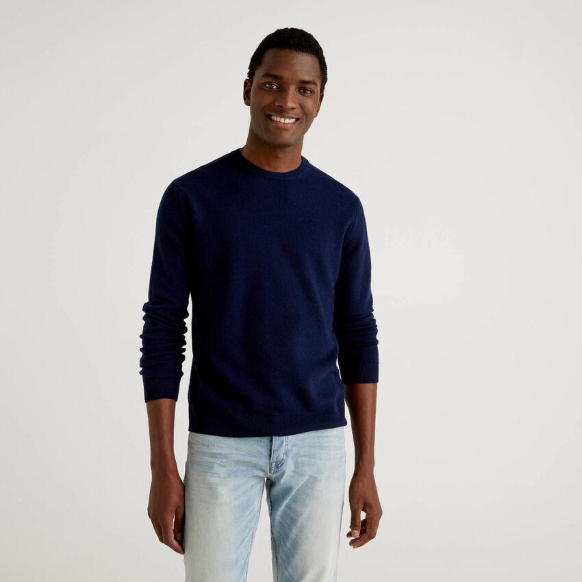 Dark blue crew neck sweater in pure virgin wool