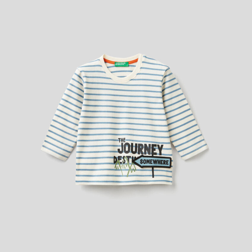 Striped t-shirt with 3D applique